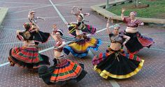 Devyani Dance Company wearing vintage Banjara skirts and cholis. Tribal Fusion, Navratri Dress, Flamenco Skirt, Dance Gear, Tribal Costume, Tribal Belly Dance, Dance Company, Belly Dance Costumes, Belly Dancers