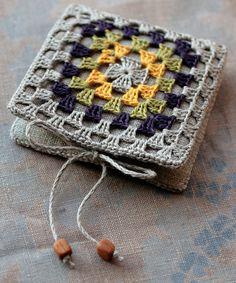 Granny square needle case
