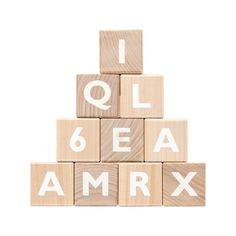 Die besten 25 holzbuchstaben ideen auf pinterest for Holzbuchstaben babyzimmer