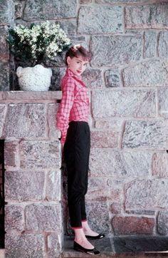 "hepburndeneuvekelly: ""Audrey Hepburn during the filming of ""Sabrina"" dir. Billy…"