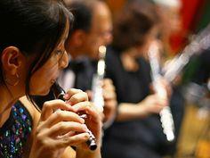 O concerto ocorre em 1º de setembro, às 11h, sob regência de Dario Soleto e participação do saxofonista e compositor Douglas Braga.