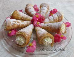 Conos de hojaldre rellenos de nata [Tradicional]