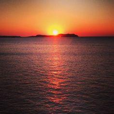 Tonight's sunset is amazing !! Wow ! #sunset #ibiza #ibiza2014 pic.twitter.com/JdXI7ZI5uD Ibiza Boat Party, Ibiza Sunset, Jay, Celestial, Twitter, Amazing, Outdoor, Sunsets, Outdoors
