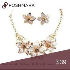 🆕  Gardenia Rhinestone Clavicle Chain Jewelry Set Luxury Fashion Women Gardenia Rhinestone Clavicle Chain Necklace Jewelry Set Jewelry