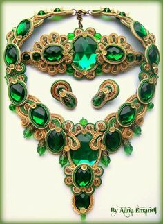 Alina Emandi-Romania Stunning emerald green necklace, soutache