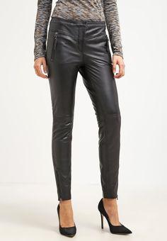 Selected Femme SFMAGGIES Pantalon en cuir black prix Pantalon femme Zalando 179.95 €
