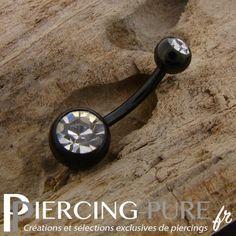 https://piercing-pure.fr/p/253-piercing-nombril-blackline-cristaux-blancs.html #piercing #piercingstrass #piercingnombril #piercingnoir #navelpiercing