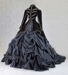 COSTUMES: Another mourning mother costume idea. This one has the touch of gold, which I would like black, but it still has a royal look, but not extravagant.