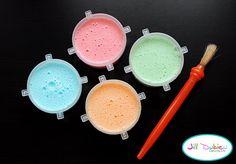 Johnson's baby shampoo, food coloring, and cornstarch make bath paint!