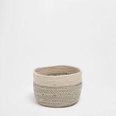 Jute zigzag round basket - BASKETS - DECORATION   Zara Home United States of America