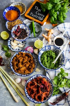 Red, Yellow and Green Curry Paste Recipe Monsoon Spice Thai Yellow Curry Paste, Red Curry Paste, Indian Food Recipes, Asian Recipes, Thai Curry Recipes, Vegetarian Recipes, Curry Seasoning, Sauces, Curry Spices