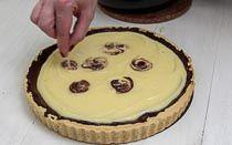 Mazurek cytrynowy z Lemon Curd - krok 7 Lemon Curd, Pie, Food, Pinkie Pie, Lemon Custard, Pastel, Meal, Fruit Flan, Essen