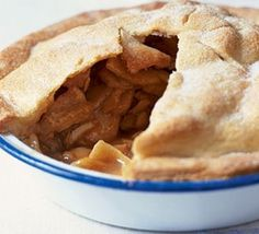 Ultimate apple pie from BBC Good Food- Thoughts: Need to blind bake the crust. Ultimate Apple Pie Recipe, Apple Pie Recipes, Apple Pies, Bbc Good Food Recipes, Vegan Recipes Easy, Diet Recipes, Recipies, Roast Chicken Pie, Mini Eggs Cake