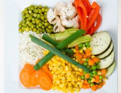 Risotto, Vegetables, Ethnic Recipes, Bucket, Snacks, Food, Spice, Cabbage Rolls, Appetizers