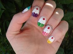 Cupcake nails , this is something I would really like to try.