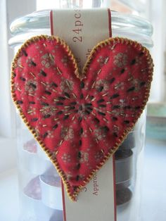 50 of The Best Heart Crafts for Valentine's Day - Just gorgeous hearts to make and inspire. Even recipes!Over 50 of The Best Heart Crafts for Valentine's Day - Just gorgeous hearts to make and inspire. Even recipes! Valentines Day Hearts, Valentine Day Crafts, Valentine Decorations, Valentine Heart, Holiday Crafts, Printable Valentine, Homemade Valentines, Valentine Wreath, Valentine Ideas