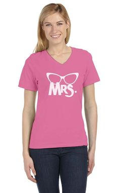 Mrs. Print Matching Couple Gift For Valentine'S Day V-Neck Women T-Shirt Married