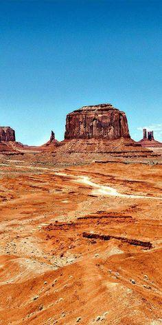 Beautiful Monument Valley near the Arizona-Utah border | Larry Miller Scottsdale