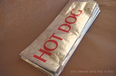 ReTRo HoT DoG BaGs-Foil--Birthday Parties--Sports theme--circus--Baseball--Cookout--25ct. $4.50, via Etsy.