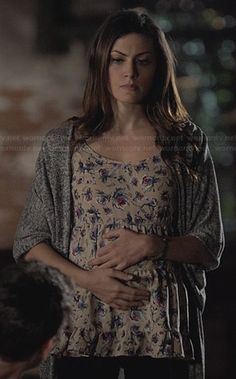 Hayley's beige floral top and grey cardigan on The Originals. Outfit Details: http://wornontv.net/26744/ #TheOriginals
