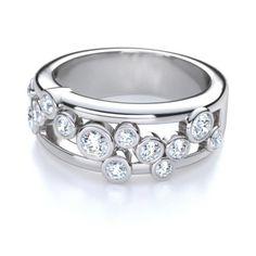 Right Hand Round Cut Diamond Ring in Palladium