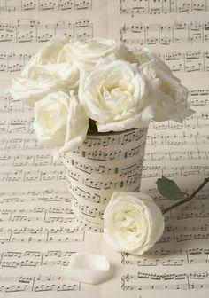 Mini Hershey Treats sheet music covered piano recital reception ...