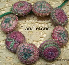 Tandletons with Christen Brown - On Line Class Starting May 21, 2013.  I love these and would love to take this class.....I wonder how much new stuff I'd need! LOL...