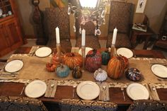 At Home Thanksgiving Table Decor