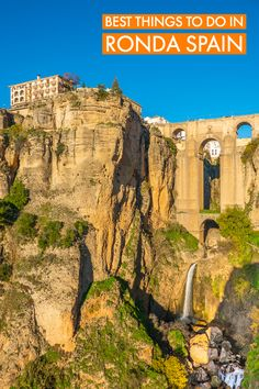 Ronda is a unique hilltop town in Andalusia, a mountainous region in southern Spain. De city is built right on de edge of a cliff, wif dramatic views over a deep gorge. Places To Travel, Places To See, Travel Destinations, Andalusia Spain, Andalucia, Ronda Spain, Cities, Prague Travel, Travel Photos