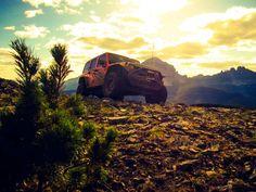 Wygrzewaj się w blasku chwały. #Jeep #JeepLife Wrangler Unlimited, Jeep Life, Jeep Wrangler, 4x4, Mountains, Travel, Vsco, Trucks, Jeep Wranglers