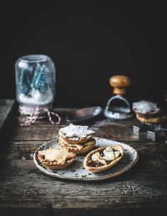 Yooo, it's totally mince pie time guys. I'm throwing these delicious little fruity tarts at your screens because I think it's time for a bit of traditional-food-appreciation. In general – mince pies suck. But that's because, in general, people buy em. The store bought ones are not a good shout. They're really dry and the …