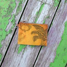Fern leaf vintage print vegan coin purse from Viaggio collection by LAVISHY for wholesale to gift shops, clothing & fashion accessories boutiques, book stores in Canada, USA & worldwide. Online shopping at www.lavishy.ca Small Coin Purse, Vegan Fashion, Vintage Fashion, Vintage Style, Green And Purple, Fern, Vintage Prints, Biodegradable Products, Gifts For Friends