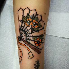 ideas for skin art tattoo fun Paar Tattoos, Neue Tattoos, Body Art Tattoos, Small Tattoos, Sleeve Tattoos, Tattoo Skin, Fan Tattoo, Tattoo Geek, Pretty Tattoos