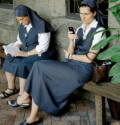 mobile phones, nun chillin, mobil phone