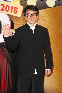 Pin for Later: Les Vrais Noms de Ces 127 Stars Vont Vous Surprendre Jackie Chan = Chen Gangsheng