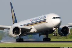 Singapore Airlines  Boeing 777-312/ER  (airliners.net)