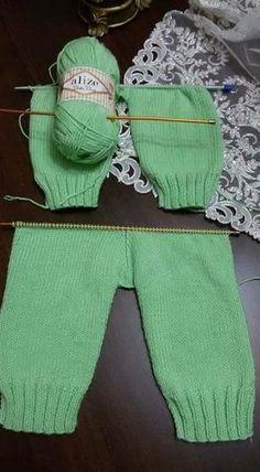 Diy Crafts - Diy Crafts - Best 12 Panty for Baby newborn babyclothes crochet knitting freepattern crochetpattern – SkillOfKing. Baby Boy Knitting, Knitting For Kids, Free Knitting, Knitted Baby, Baby Pants Pattern, Crochet Jacket Pattern, Newborn Crochet Patterns, Baby Patterns, Toddler Boy Outfits