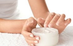 Avoid Applying Moisturizing Lotions with These Chemicals   1mhealthtips