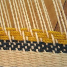 different weaving techniques on a stick, http://www.instructables.com/id/Branch-Weaving/step4/Weaving-Pattern/