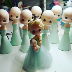 No hay descripción de la foto disponible. Disney Canvas, Fondant Toppers, Kewpie, Fondant Figures, Disney Jewelry, Pasta Flexible, All Craft, Sugar Art, Mixed Media Canvas