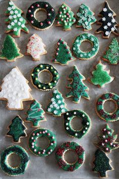 Looking for for ideas for christmas inspiration?Browse around this site for unique Xmas ideas.May the season bring you joy. Christmas Mood, Merry Little Christmas, Christmas Baking, Christmas Treats, Holiday Treats, All Things Christmas, Christmas Cookies, Christmas Decorations, Xmas