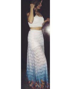 Morrendo de amores pelo clique fashion da atriz Anna Livya com a nossa saia! #oufashion #elausa #atriz #chiquititas #sbt