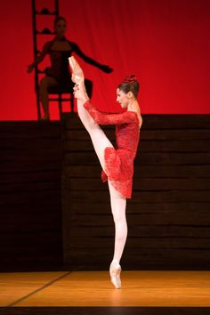 I have a secret obsession with ballet and this girl is one of the best out there today. Svetlana Zakharova - Carmen