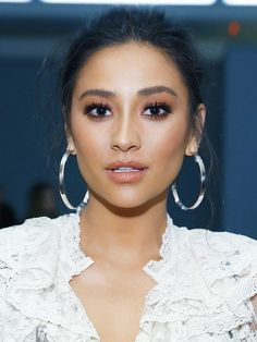 "The #1 Makeup Step Shay Mitchell Says Is ""Crucial"" via @ByrdieBeautyUK"