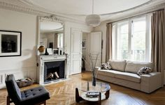 Gorgeous 3-bedroom apartment for sale in Paris, le Marais.