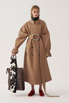 Ports 1961 Pre-Fall 2018 Fashion Show Ports 1961 Pre-Fall 2018 Collection – Vogue Mode Chic, Mode Style, Fashion Magazin, Autumn Fashion 2018, Fashion News, Fashion Trends, Vogue Fashion, Runway Fashion, Fashion Online