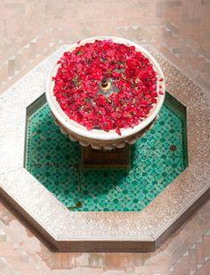Simplicity in a Moroccan fountain Moroccan Riad Design: Riad Kniza in Marrakech, Morocco