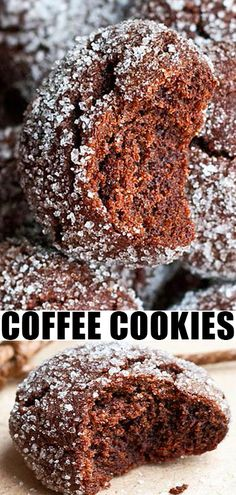Mocha Crinkle Cookies COFFEE COOKIES RECIPE Best quick easy soft chewy crinkle cookies homemade with simple ingredients These mocha cookies or espresso cookies are loaded. Easy Cookie Recipes, Baking Recipes, Sweet Recipes, Quick Easy Desserts, Easy Simple Cookies, Simple Dessert Recipes, Dessert Crepes, Coffee Dessert, Espresso Dessert