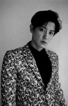 Read 8 from the story Invisible (ChanBaek) by Princess_Yeoldetort (🖤αʆεXα 🖤) with reads. Baekhyun nervously fiddled with his s. Baekhyun Chanyeol, Sehun Oh, Luhan And Kris, Kris Wu, Kpop Exo, Exo Bts, Kaisoo, Chanbaek, Yoonmin