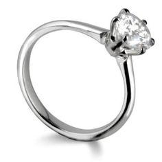 Tiffany style six claw engagement ring by www.diamondsandrings.co.uk